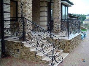 Красота кованых изделий: лестничные перила