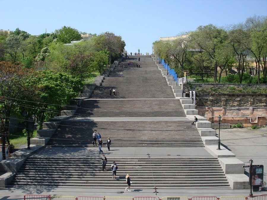 Виртуальный подъём по самой длинной лестнице в мире