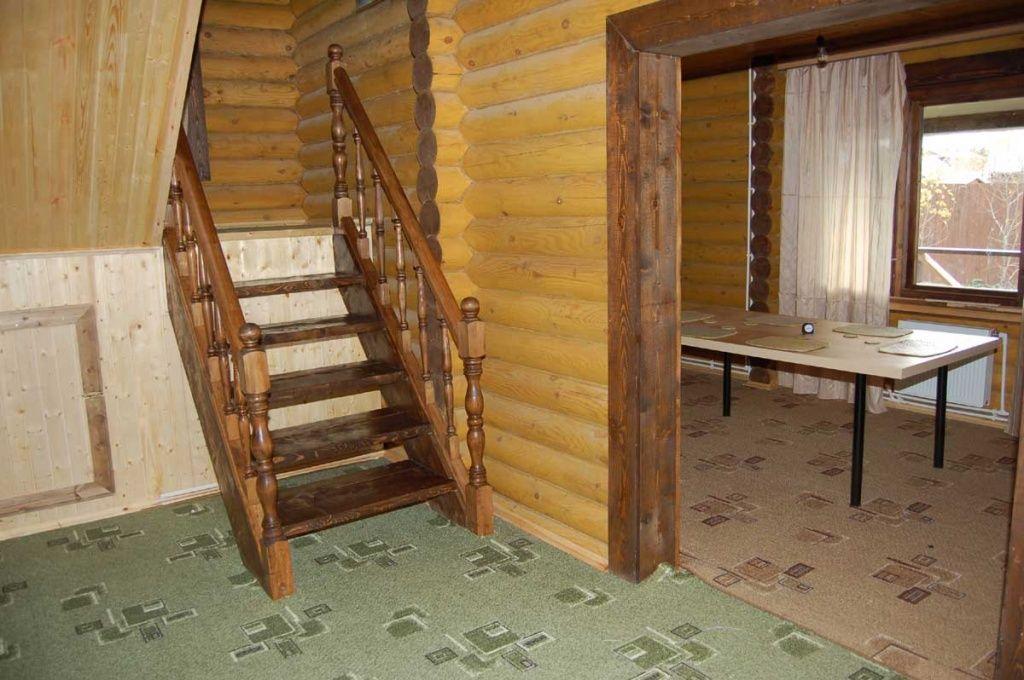 Лестницы в доме: богатство выбора форм и фактур