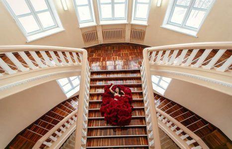 идеи для фотосессии на лестнице