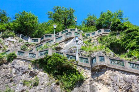 Лестница у башни Шлоссберг