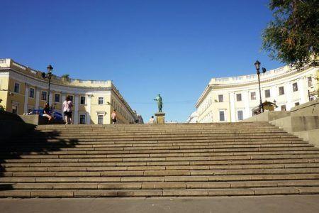 Основание Потёмкинской лестницы
