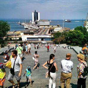 Вид на порт с Потёмкинской лестницы