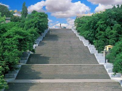 Потёмкинская лестница летом