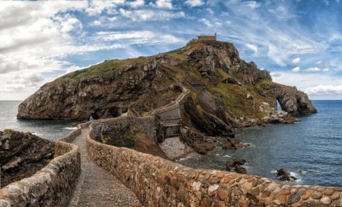 Остров Сан-Хуан-де-Гастелугаче