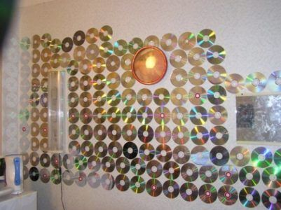 стена из CD-дисков
