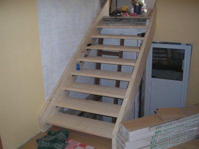 готовая лестница на тетивах