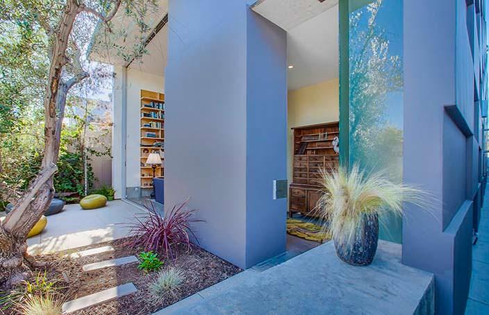 Дом Эмилии Кларк в Калифорнии