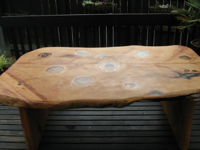 Мебель с ракушками и морскими звездами