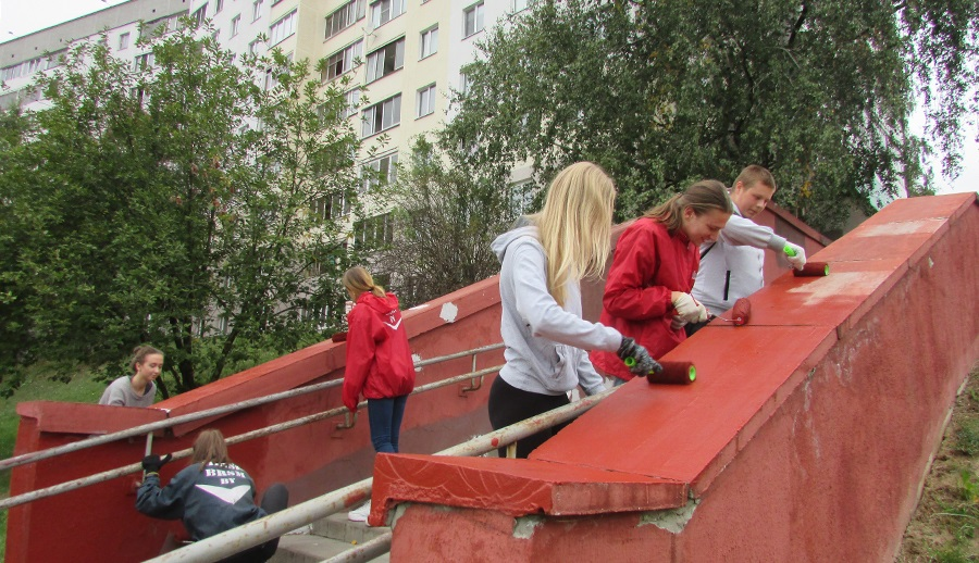 Лестница с белорусским орнаментом