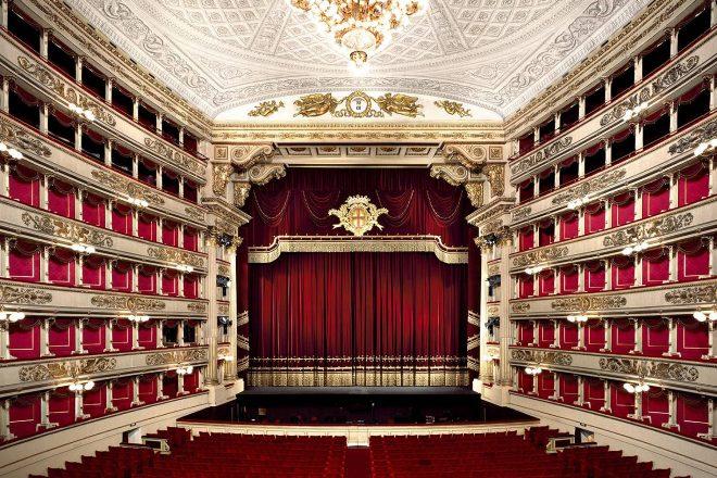 Самая известная лестница Милана