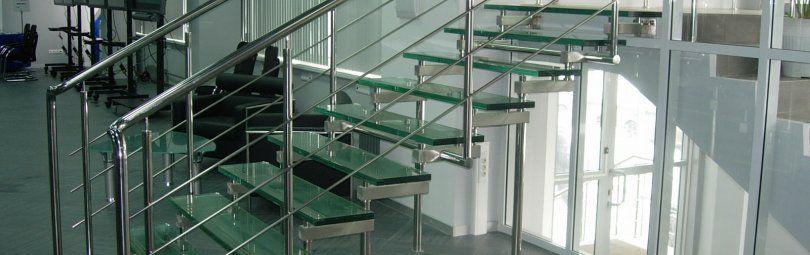 Как правильно выбрать лестницу для офиса