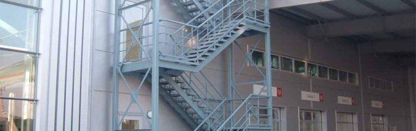 Эвакуационные лестничные марши 3-го типа
