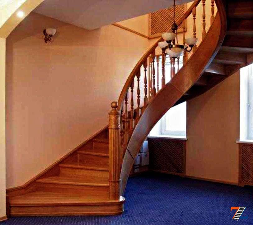 Косоур для лестницУкрашение стен на новый год