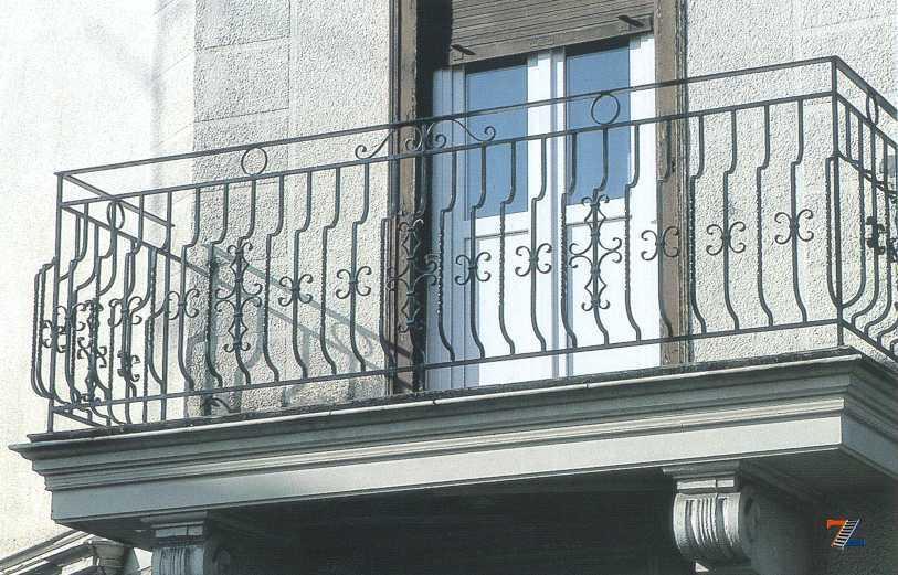 Высота перил лестницы, террасы, балкона: требования гост.
