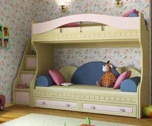 Симбиоз кровати и лестницы из ящичков