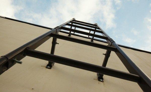 Фасадная лестница