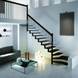 Г-образная лестница