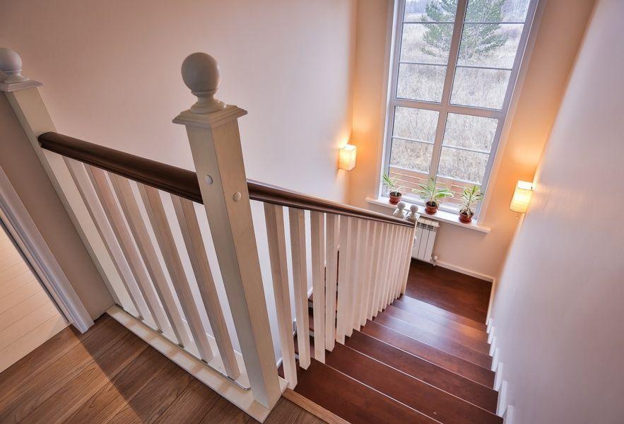 Окно на лестнице