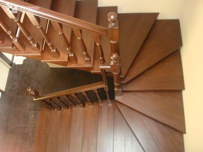 62Лестница лестница с поворотом 90 градусов