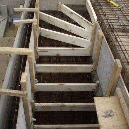 Этапы возведения бетонной лестницы