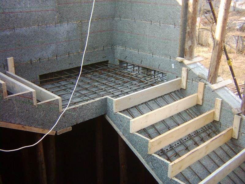 Бетонные ступени для лестниц: цена, размер, виды изделий
