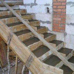 Крепление ступеней деревянных и бетонных лестниц