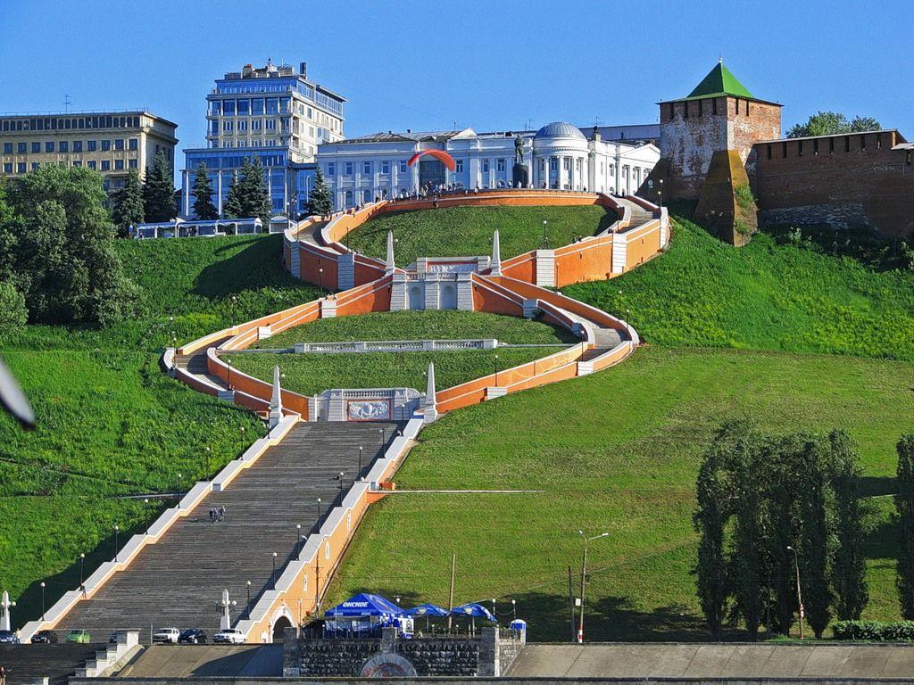 Нижегородская лестница: дань памяти героям