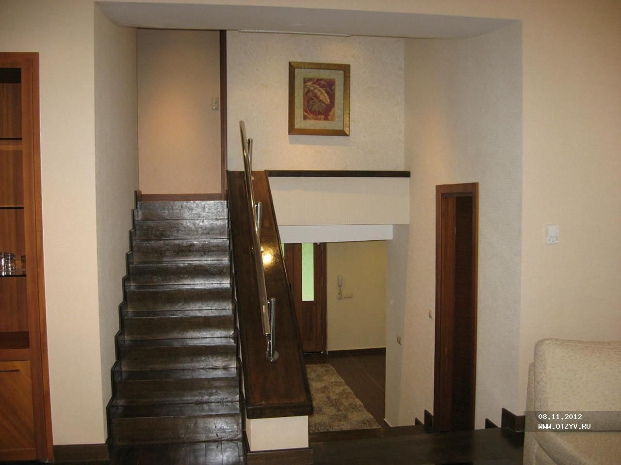 Лестница на второй этаж… кровати!