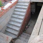 Безопасный спуск в погреб и подвальное помещение