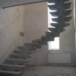 Прочная элегантность: лестницы из бетона