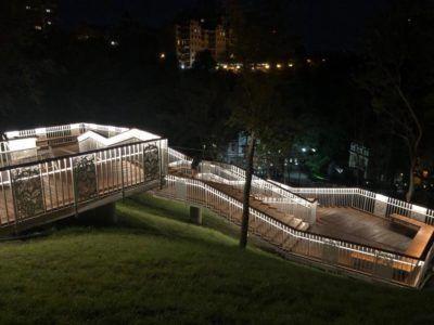 Светящаяся лестница