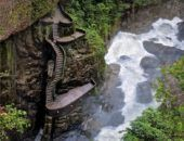 Водопад Пайлон дель Дьябло в Эквадоре — дьявольское приключение